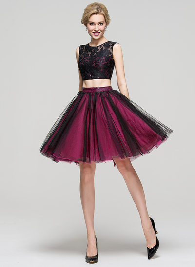 A-Line Scoop Neck Knee-Length Tulle Homecoming Dress