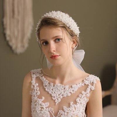 Ladies Beautiful Imitation Pearls Headbands With Venetian Pearl (Sold in single piece)