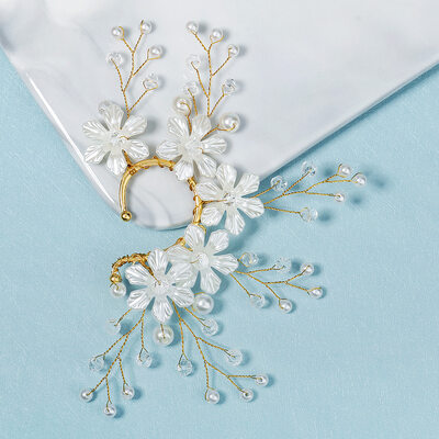 Elegant Acrylic With Crystal