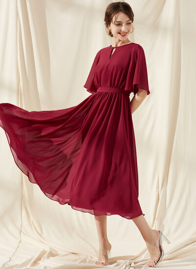 A-Line Scoop Neck Tea-Length Chiffon Bridesmaid Dress With Ruffle Bow(s)