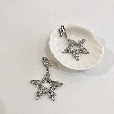 Ladies' Fashionable Alloy Rhinestone Nrop Earrings Earrings