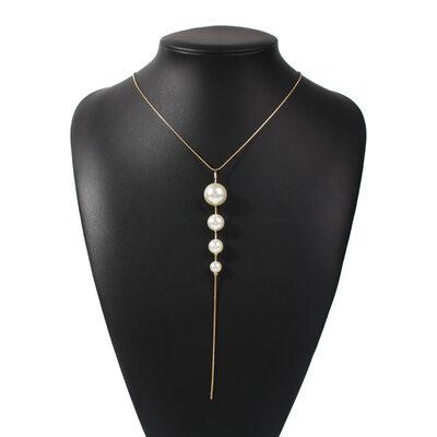 Ladies' Beautiful Pearl Necklaces