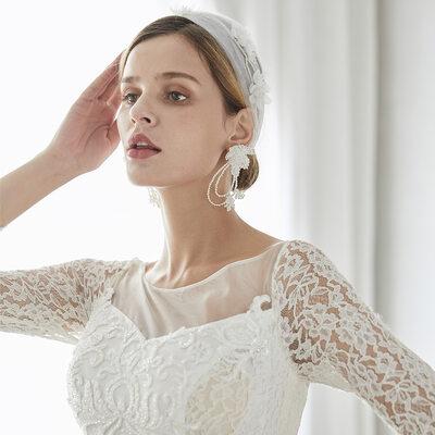Beautiful Imitation Pearls/Net Yarn/Silk Flower Headbands (Set of 2)