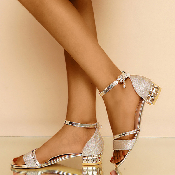 Women's PU Chunky Heel Peep Toe Sandals With Buckle